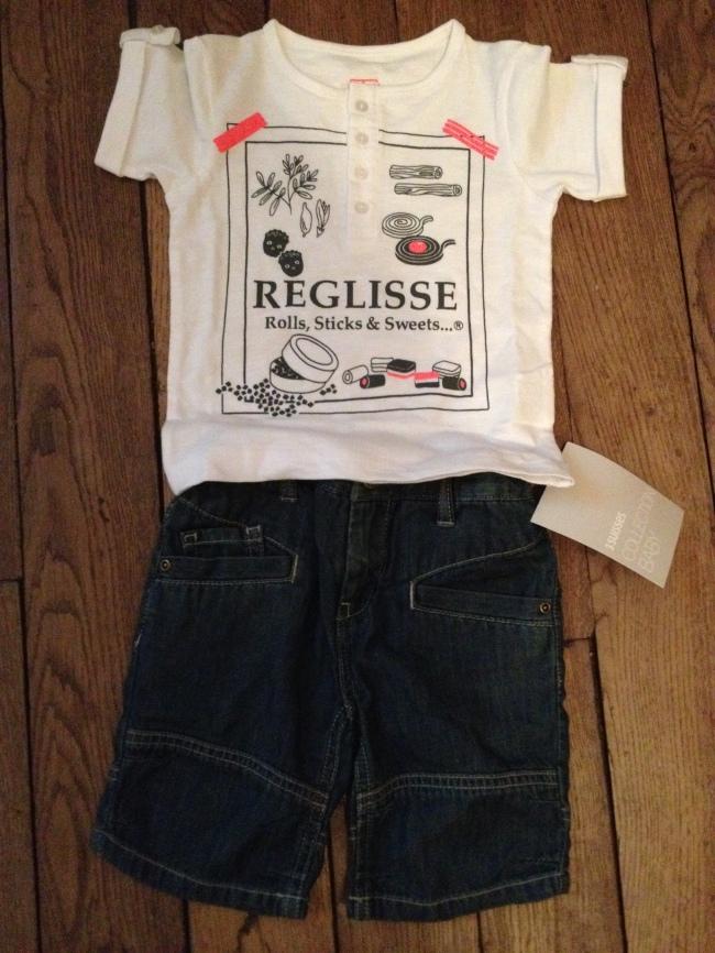 Tee shirt reglisse et bermuda Jeans 3 Suisses